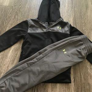 Under armor hoodie set size 4t